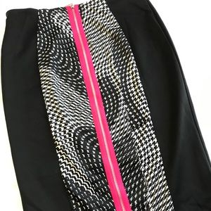 beautiful Bisou Bisou fitted skirt